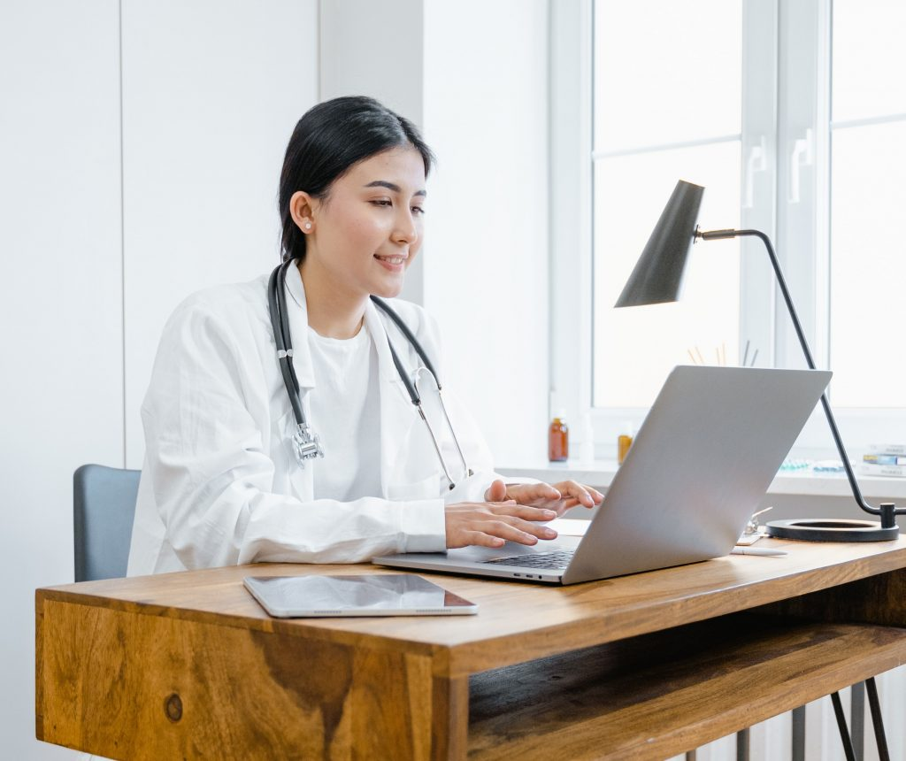 Doctor holding email consultation
